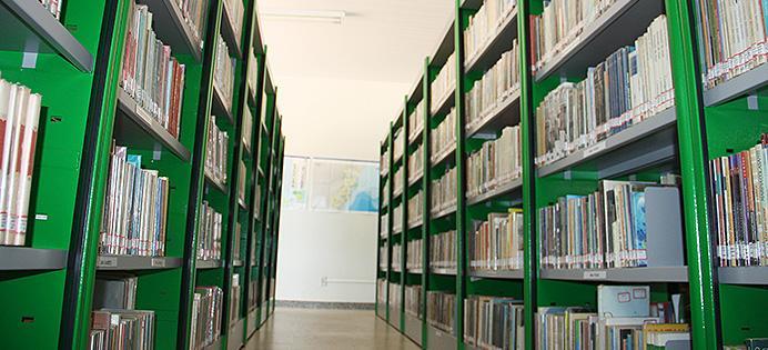 <b>Título:</b>Acervo conta com cerca de 20 mil livros - Ascom/PMVNI