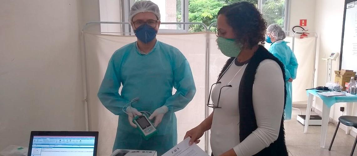 Oxímetros já estão sendo entregues às unidades de saúde