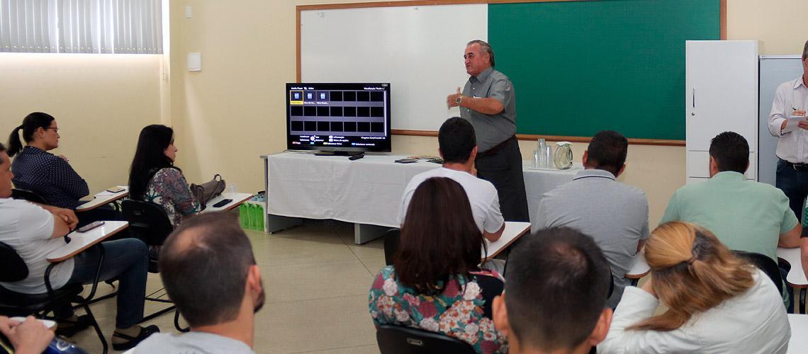 Prefeito Braz Delpupo lembrou início do agroturismo e a importância da troca de conhecimento - Ascom/PMVNI
