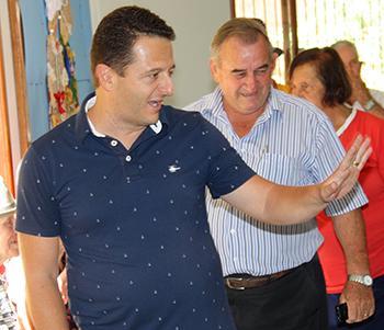 <b>Título:</b>Vice-prefeito, prefeito e demais autoridades estiveram presentes - Ascom/PMVNI